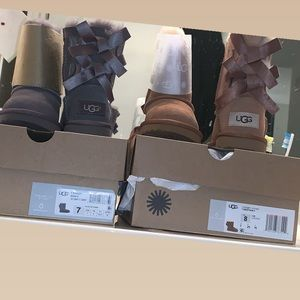 Size 7c And Size 8c toddler girl uggs